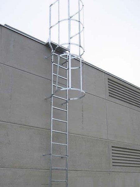 escaleras fijas modulares con o sin aros quitamiedos
